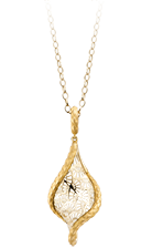 Magerit leyenda necklace_trama